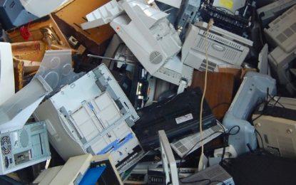 Cómo disponer los equipos eléctricos y electrónicos que no utiliza