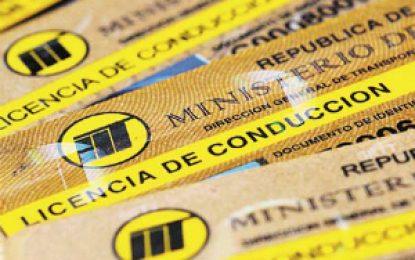 Banda expidió más de 50 mil certificados falsos para licencias de conducción