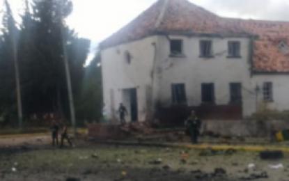 Dos uniformados extranjeros entre víctimas de atentado en Escuela General Santander