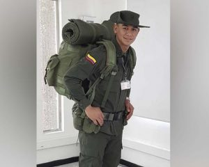 Ser oficial de la policía, la pasión del cadete del Cesar muerto en el atentado con carrobomba en Bogotá
