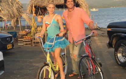 Shakira Y Carlos Vives a responder por demanda por plagio de 'La Bicicleta'