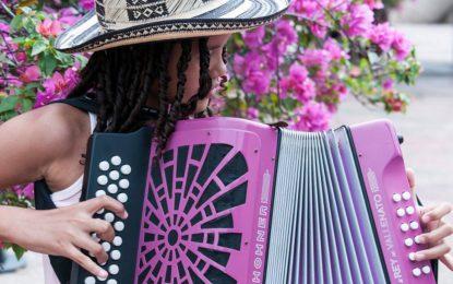 12 mujeres abrirán la categoría de menores en el acordeón