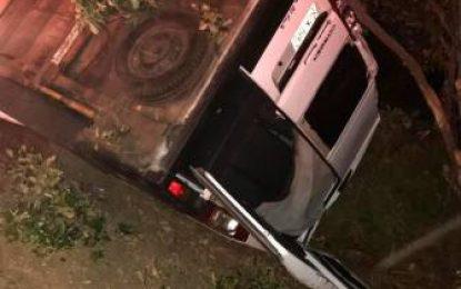 Cinco heridos en accidente de móvil Telecaribe tras salir de Valledupar