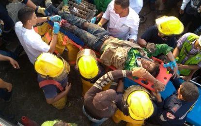 Rescatan a obrero atrapado en máquina de concreto en Valledupar