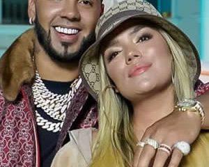 Karol G y Anuel AA se metieron en el Hot Latin Songs