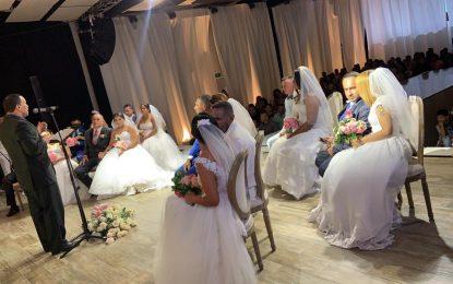 10 parejas de excombatientes del frente 52 de las Farc se juraron amor eterno en Valledupar