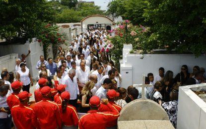 Claman justicia durante sepelio del médico  'Tico' Aroca en Valledupar