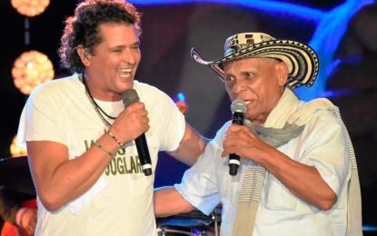 Adolfo Pacheco completó 50 años meciéndose en 'La hamaca grande'