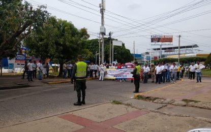 Maestros marcharon en Valledupar para exigir seguridad para los educadores