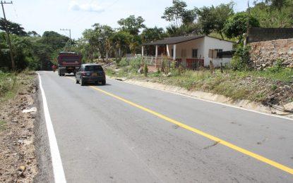 El Gobierno Ovalle Angarita realizó mantenimiento al tramo vial que conecta los municipios de Manaure y La Paz