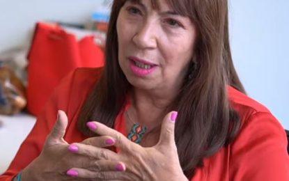 """""""Yo sí quiero que me digan por qué mataron a mi hermana"""": María Jimena Duzán"""