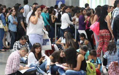 En febrero 101.000 personas se sumaron a la cifra de desempleo