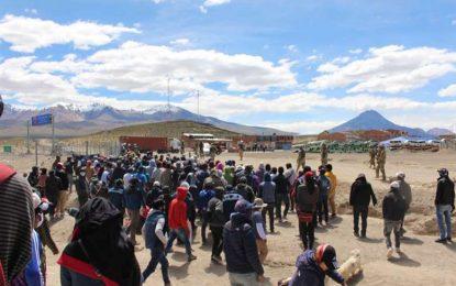 Tensión en la frontera entre Bolivia y Chile ante el intento de ingreso a zona de cuarentena