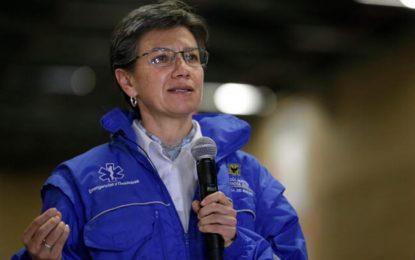 Claudia López pide a congresistas donar un mes de salario para beneficiar a 40.000 familias