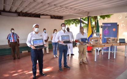 Entregados 1.496 computadores a seis instituciones educativas en Valledupar