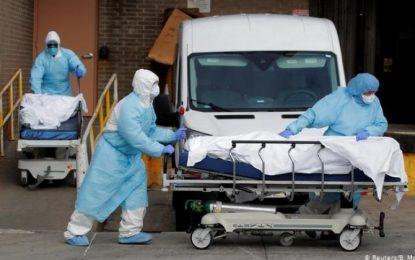 EE UU supera los 135.000 muertos y 3,29 millones de contagios