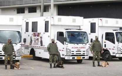 A Colombia le donaron seis ambulancias para atender perros que participan en desminado