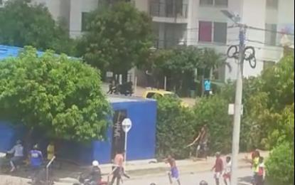 Mensajero se enfrentó a presuntos ladrones en Urbanización Nando Marín