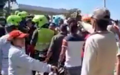 Comunidad no le teme ni a la Policía, no dejan trasladar transformador de La Loma hacía Valledupar