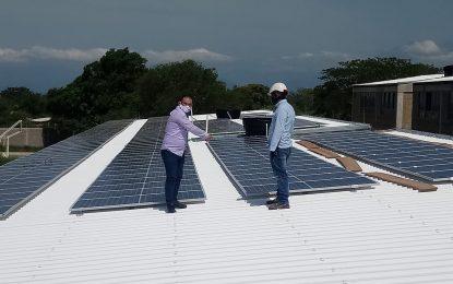 Avanza en 80% instalación de paneles solares en la I.E San José de La Paz, Cesar