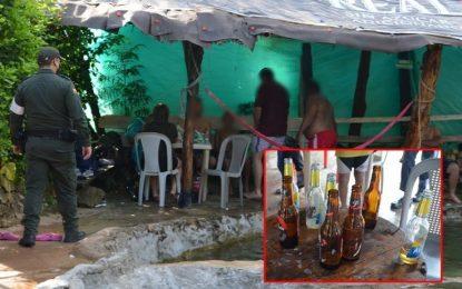 El colmo: con sancocho y cerveza sorprenden a 80 personas violando cuarentena [VIDEO]