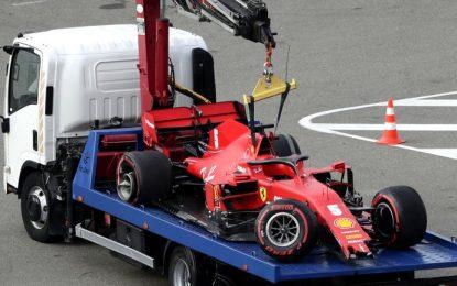 Otro mal día para Ferrari: se accidentó Vettel y Leclerc casi choca a su compañero en la clasificación de la F1 en Rusia