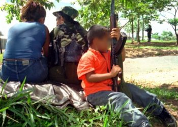Gobierno regaña a mandatarios en Putumayo, por reclutamiento de menores