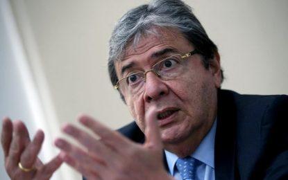 Carlos Holmes Trujillo, servidor público desde la presidencia de Alfonso López Michelsen