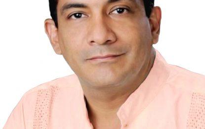 Rafa Manjarrez, rinde homenaje al maestro Rafael Escalona