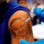 Filipinas autoriza el uso de emergencia de la vacuna Moderna