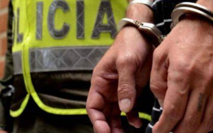 42 años de cárcel a hombre que asesinó a su pequeña hija de 4 años