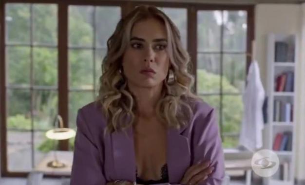 Carolina Ramírez casi queda calva para las grabaciones de 'La reina del flow 2′