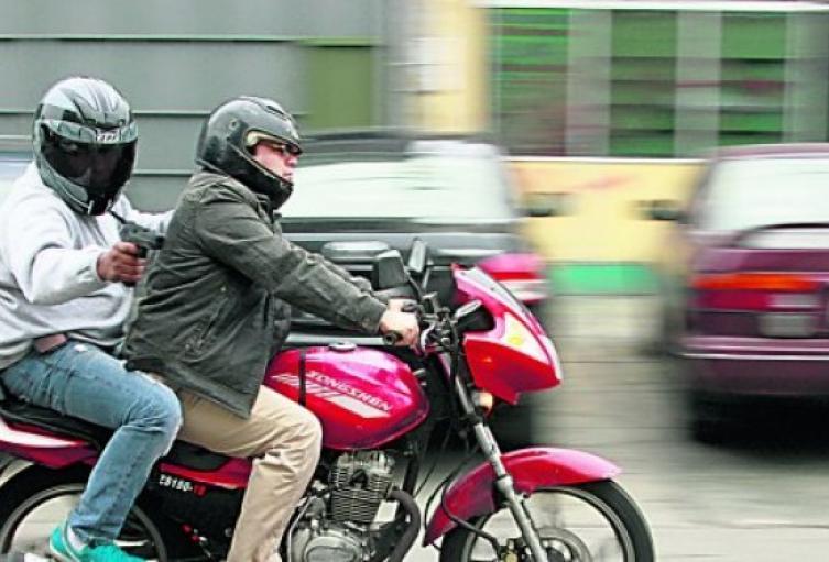 Caminaba por una calle de Bello y lo asesinaron desde una motocicleta - Noticias de Colombia