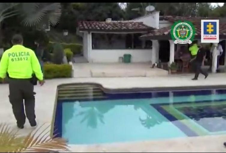 """Ocuparon 26 bienes con extinción de dominio a organización dedicada al """"gota a gota"""" o """"pagadiario"""" - Noticias de Colombia"""
