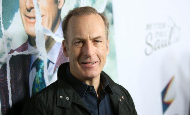 Hospitalizan al actor Bob Odenkirk tras desplomarse en plena grabación