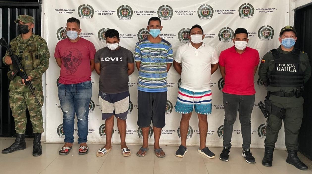 Ejército capturó a cinco presuntos integrantes del 'Clan del Golfo' en el Magdalena - Noticias de Colombia