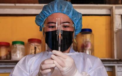 Vacuna covid de CanSino en dosis más bajas es segura para niños: Estudio