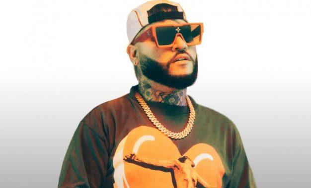 Farruko presentó el video del sencillo 'Baja Cali', inspirado en corridos mexicanos